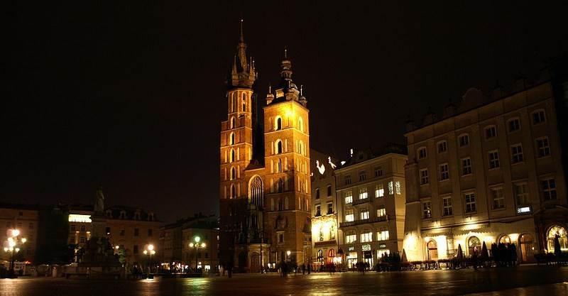 Plaza y Basílica de Santa María de Cracovia