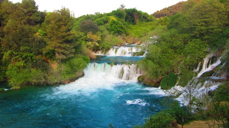Cataratas en Parque Nacional Krka